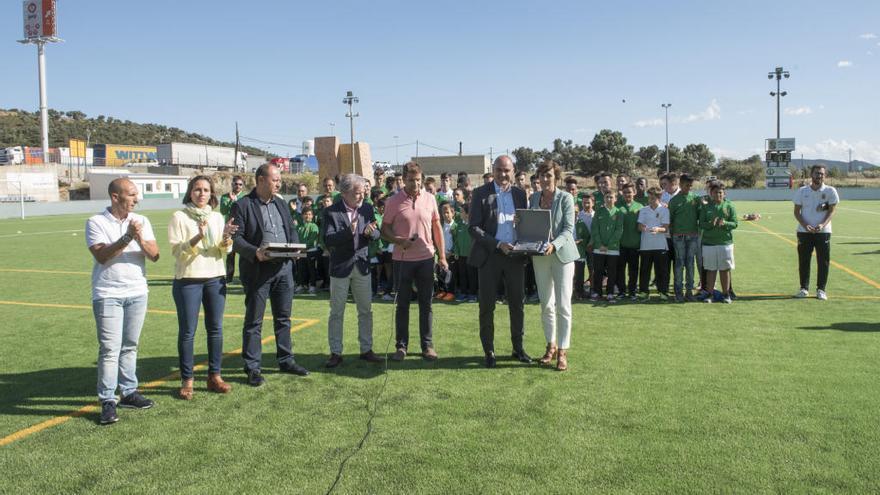 La Jonquera inaugura la gespa artificial amb derrota davant el Manlleu