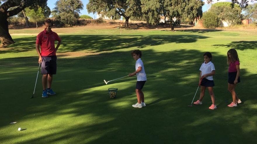Marcos Pastor ejercerá de entrenador de golf en el Club de Campo