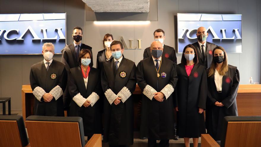 Primera jura de abogados en Alicante adaptada a las restricciones del covid-19
