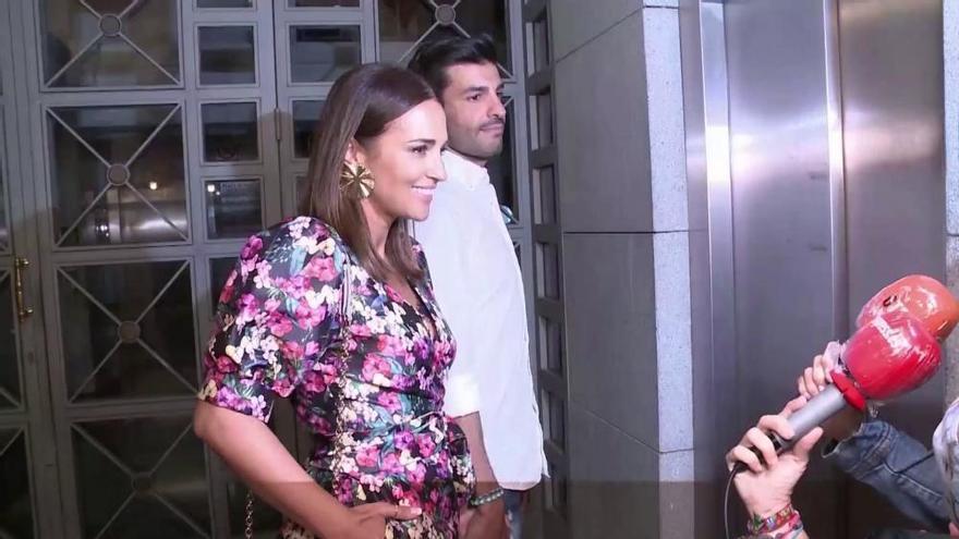 Paula Echevarría y Miguel Torres pasean su amor por Menorca
