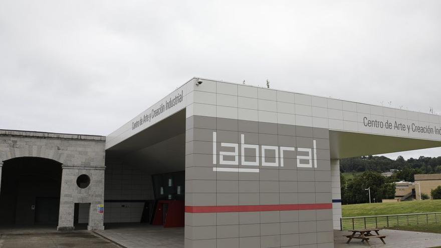 Laboral Centro de Arte pierde el 60% de las aportaciones de los patronos privados