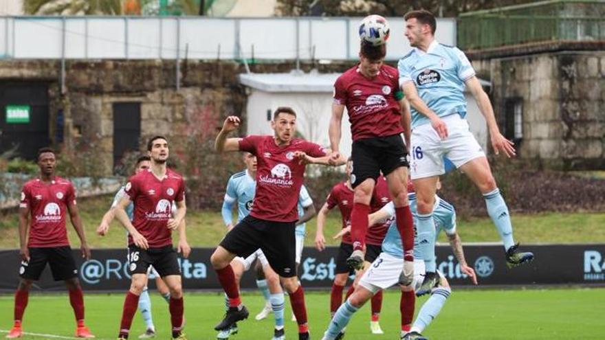 El Salamanca frena la racha del Celta B (0-2)