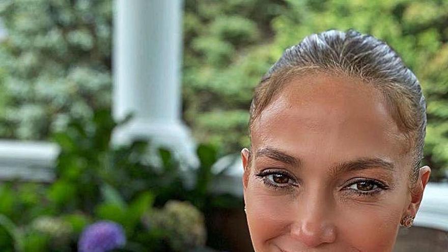 Jennifer lanza su marca de cosméticos