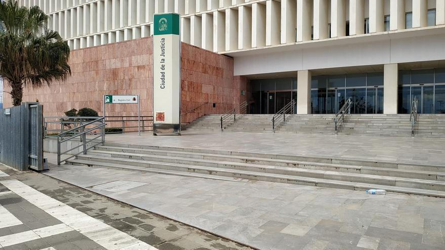 Condenan al representante de una empresa por estafa con un curso de formación para desempleados