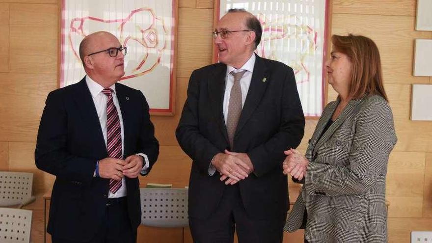 Diputación y UVigo renuevan su apuesta de futuro con convenios de promoción