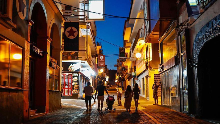Sólo el 40% de la planta hotelera de Ibiza inicia el verano abierta por el veto británico