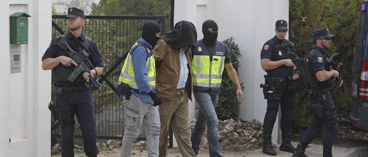 La mayoría de los radicalizadores yihadistas detenidos en España eran meros repicadores de vídeos y posts de propaganda.