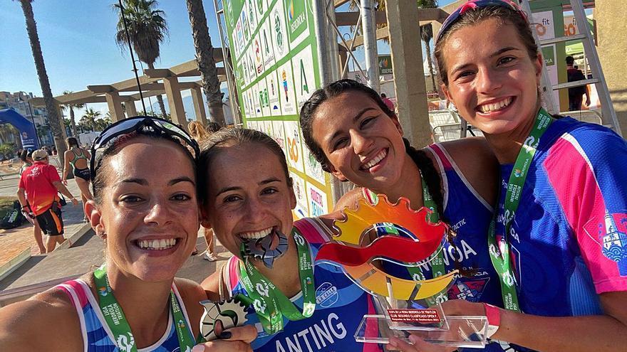 El Bahía de Málaga, plata en la Copa de la Reina de triatlón