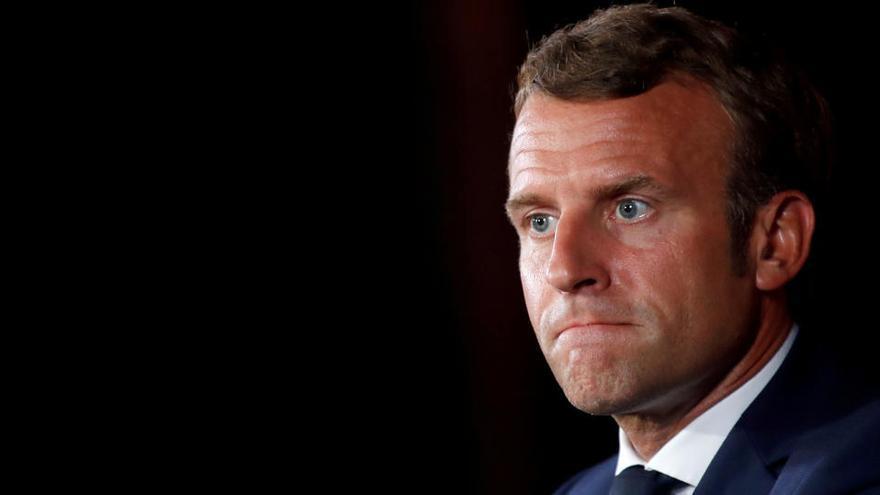 """Macron pide ante Putin que se aclare el """"intento de asesinato"""" contra Navalni"""