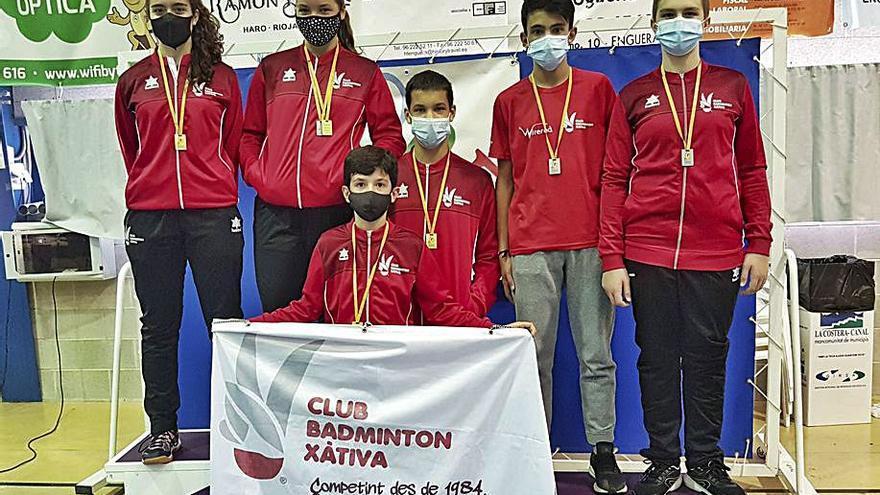 El CB Xàtiva logra 7 medallas en el TTR Enguera y en Senior