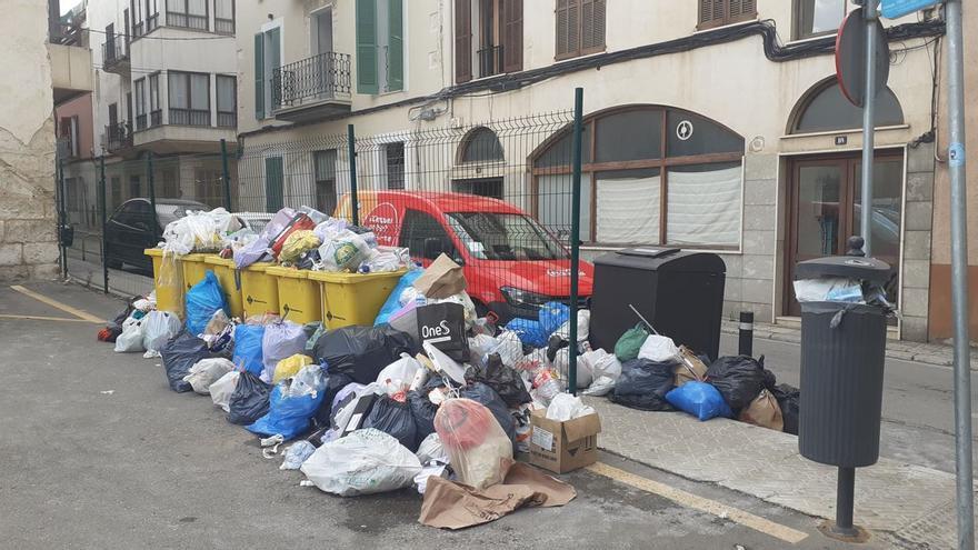 Knallhart-Gewerkschafter lässt Müllberge auf den Straßen von Mallorca liegen