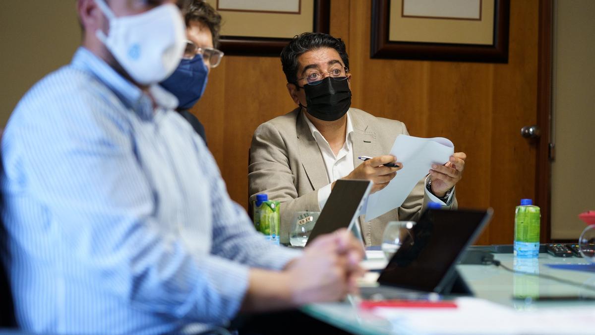 Martín: Tras el auto del TSJC habrá que incrementar vacunación y controles