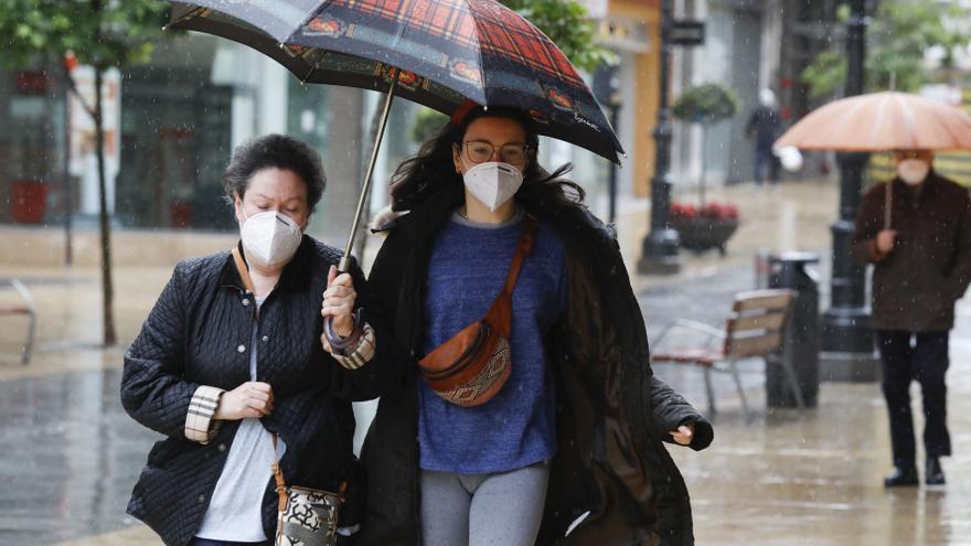 Asturias le da la bienvenida a mayo con un frío invernal