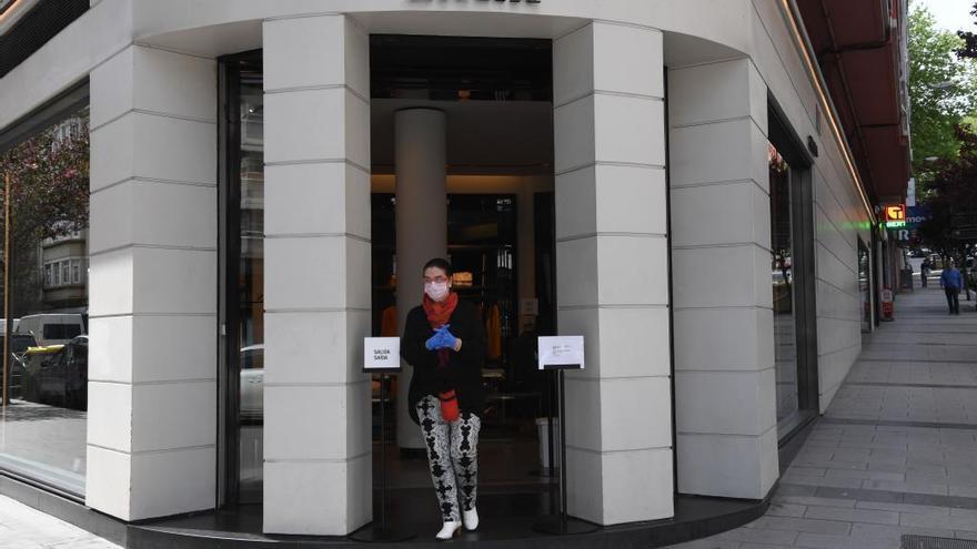 Inditex adelanta las rebajas en sus webs y en sus tiendas