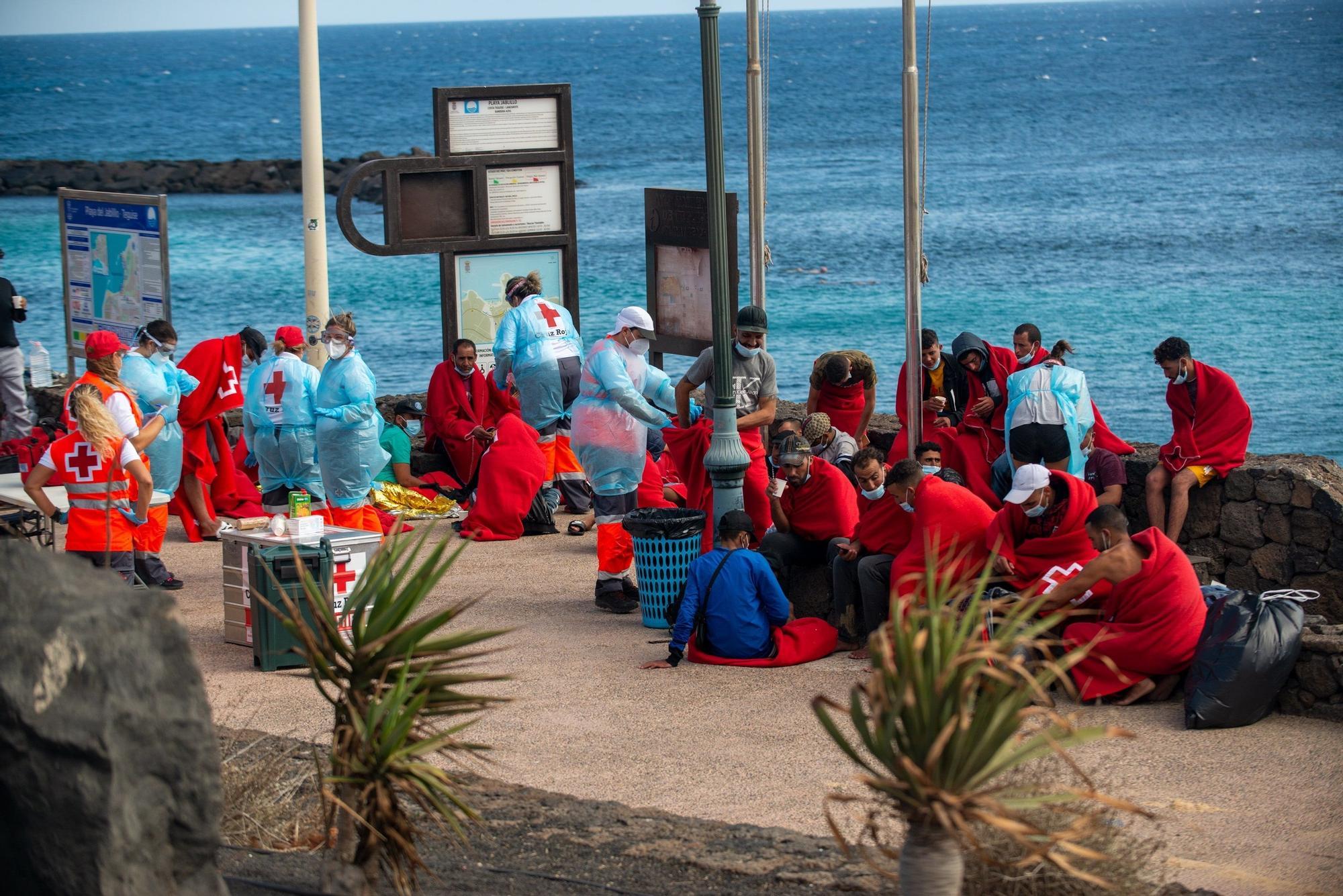 Llegada de patera a la playa de El Jablillo, en Costa Teguise. Lanzarote (24/08/2021)