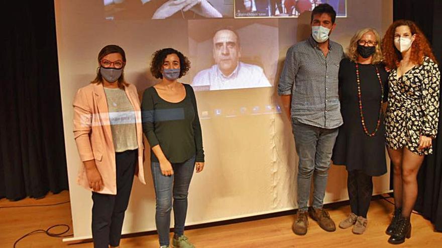 Presentan las obras ganadoras de los Premis Literaris Pare Colom