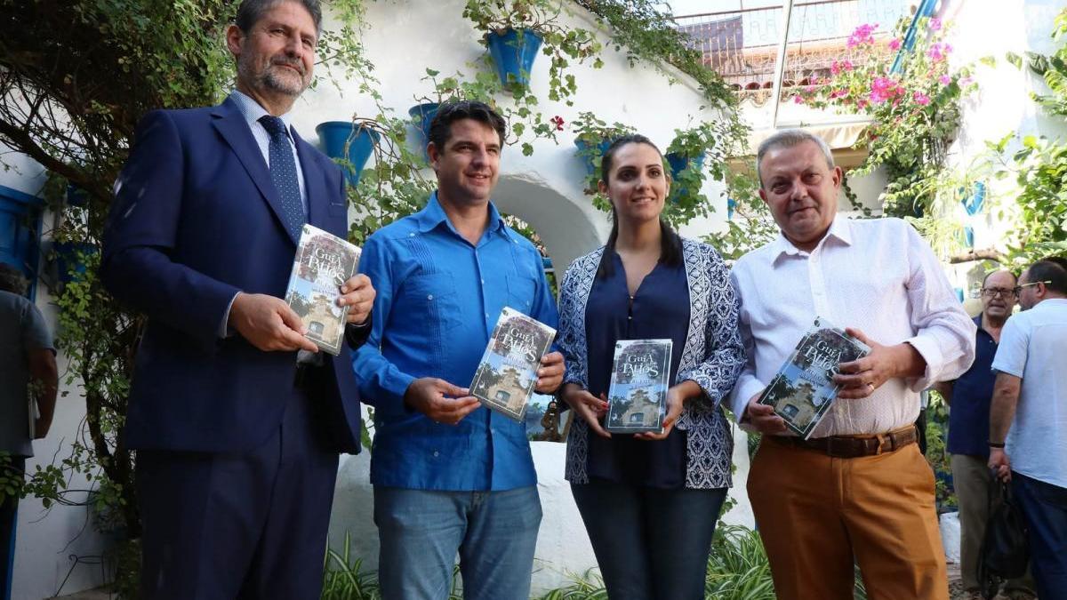Una guía ofrece una ruta de patios e iglesias entre Trueque y Viana