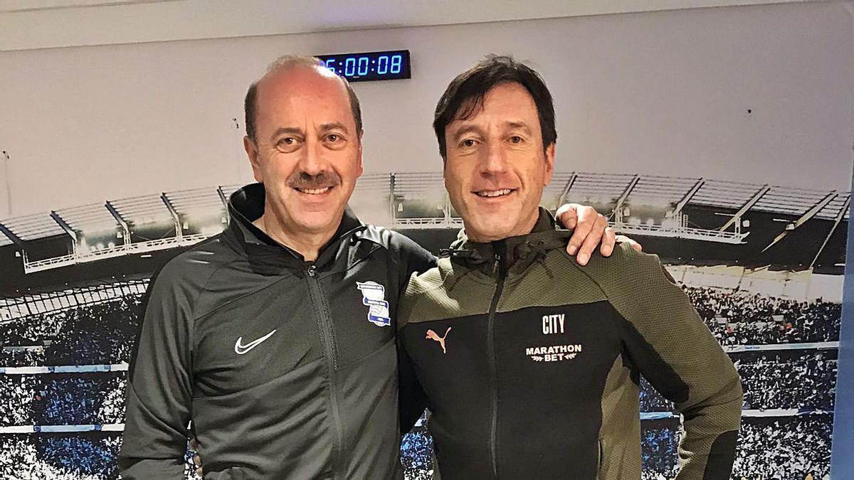 Dos referentes. Juanjo Vila, a la izquierda, posa con Carlos Planchart, jefe del departamento de análisis del City. |  // J. VILA