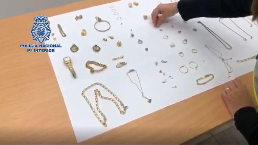 Detenido por robar 20.000 euros en joyas en una casa de Alcoy que estaba reformando