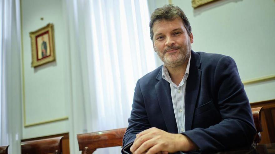 El PSOE propone construir una plaza en El Toscal para mejorar la movilidad