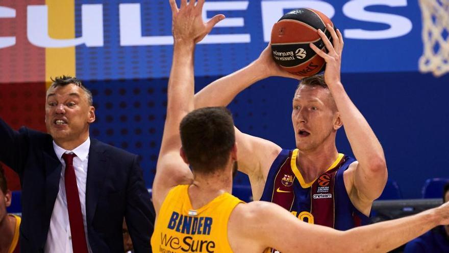 El Barça se encalla ante el Maccabi y cede el liderato