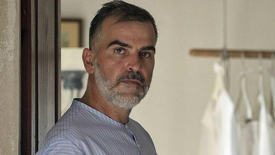 """Sebastián Pons: """"Alexander McQueen me hizo perder el miedo"""""""