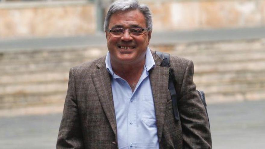Castillejo, condenado a dos años por quedarse con 115.000 euros de la Fundación del SOMA