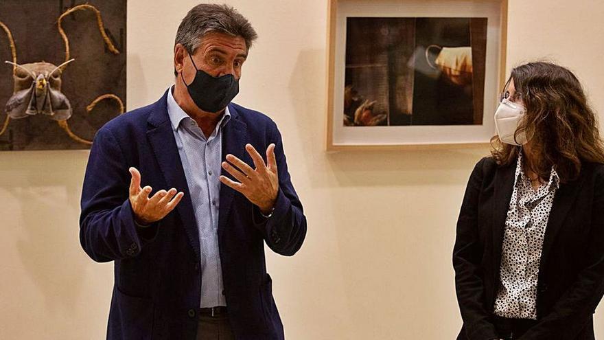 El arte de 'Universo confinado' viaja de Ibiza a Mallorca por una buena causa