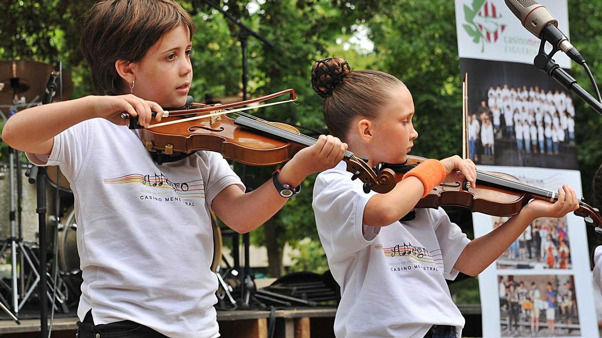 Més enllà de les classes, l'escola ofereix activitats molt diverses, com concerts i festivals   ESCOLA DE MÚSICA ALLEGRO