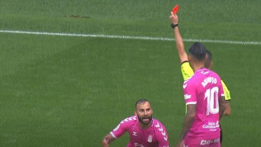 ¿Mereció Jesé la expulsión en el partido de la UD Las Palmas frente al Real Oviedo?