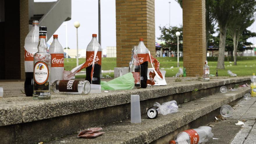 Estas son las zonas de Gijón donde se celebran botellones desde el cierre de los bares