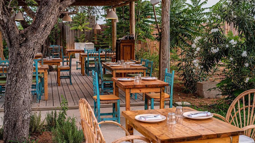 Gastronomía y música en vivo durante todo el año en el restaurante Sa Fonda