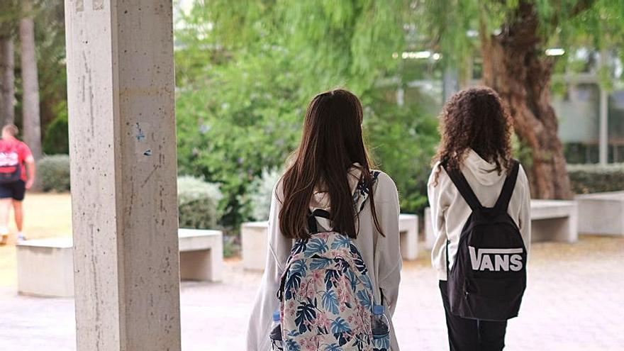 Elda quiere evitar el machismo y la violencia en sus aulas