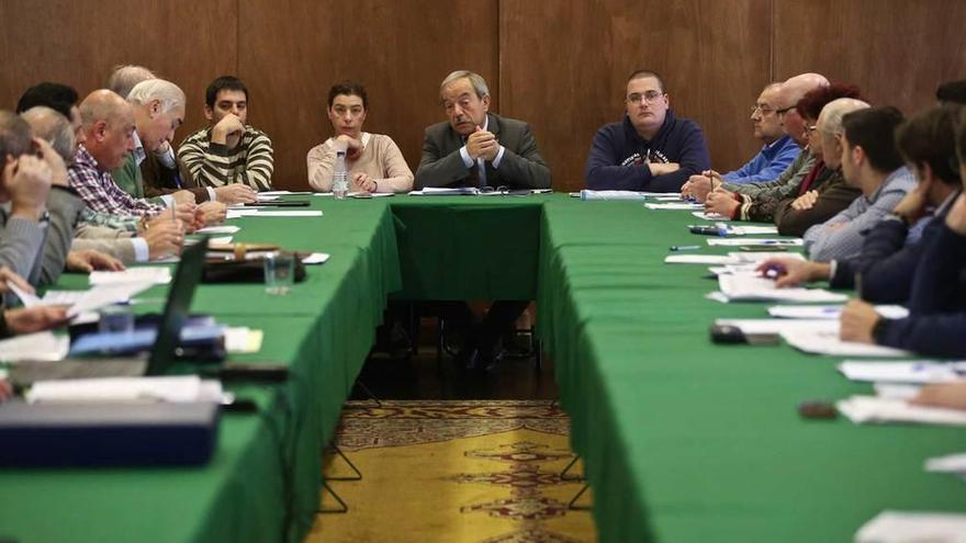 El Alcalde mantiene que no es posible evitar el recorte presupuestario