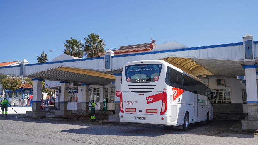 Adelante Andalucía pide a la Junta que garantice el transporte interurbano en la zona norte