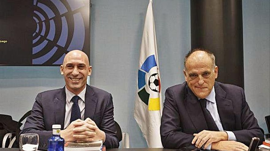 Els clubs es neguen a negociar els horaris amb la federació espanyola
