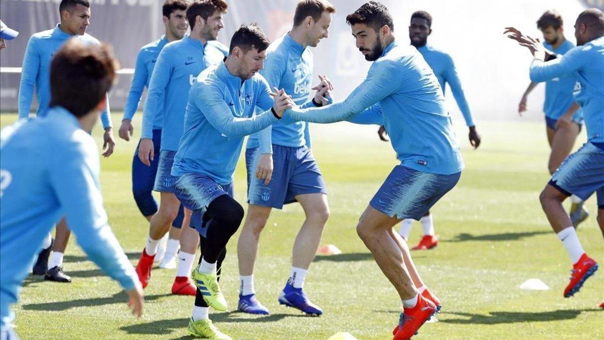 El derbi abre el mes clave del Barça