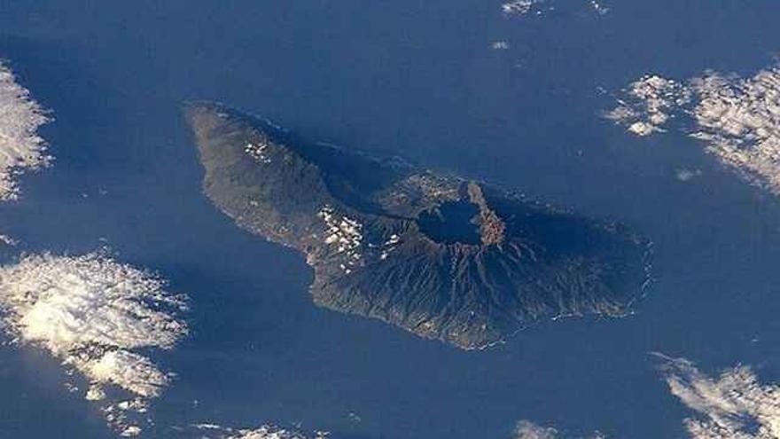 Los expertos prevén seísmos de más intensidad sentidos por la población en La Palma
