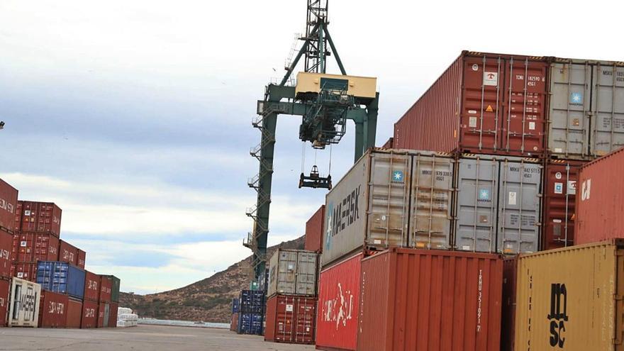 El Puerto cumple con sus estimaciones y mueve más de 33 millones de toneladas en 2020