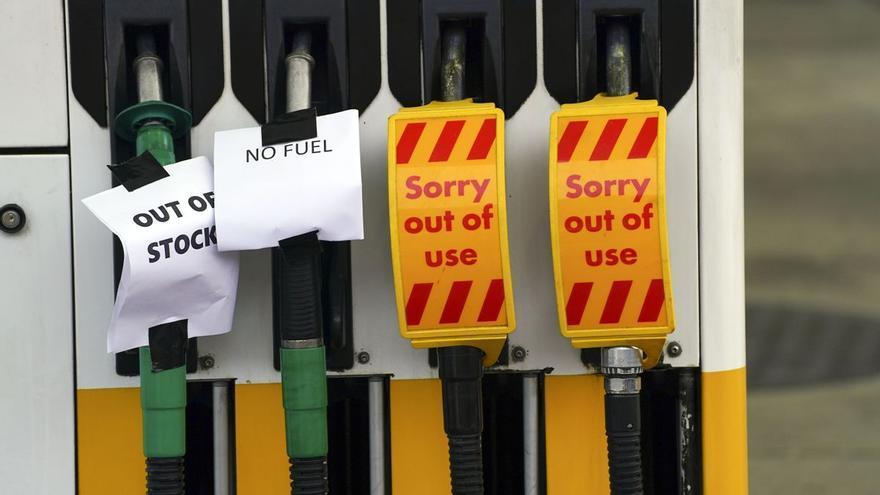 Tensión en las gasolineras de Reino Unido ante la falta de abastecimiento