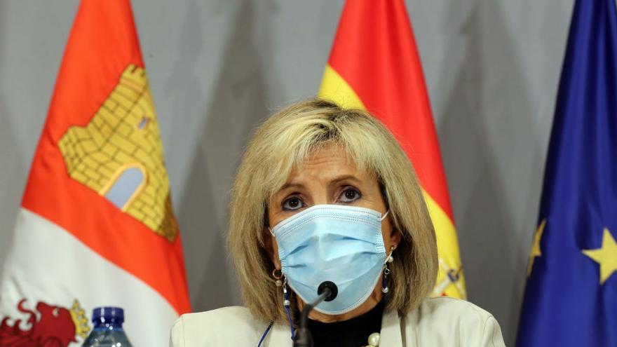 Castilla y León espera finalizar en la segunda quincena de febrero la vacunación en las residencias