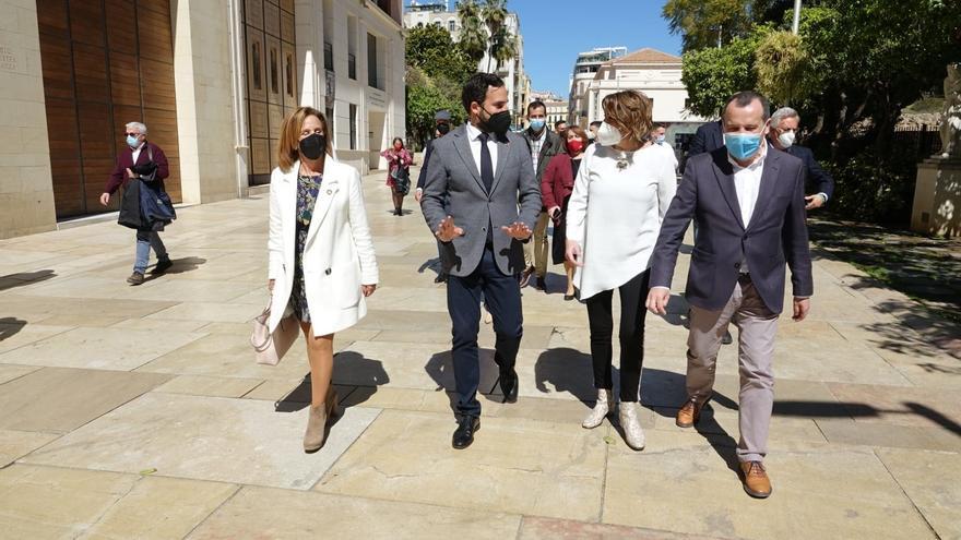 Susana Díaz no le dedica «un solo minuto» al sector crítico del PSOE andaluz