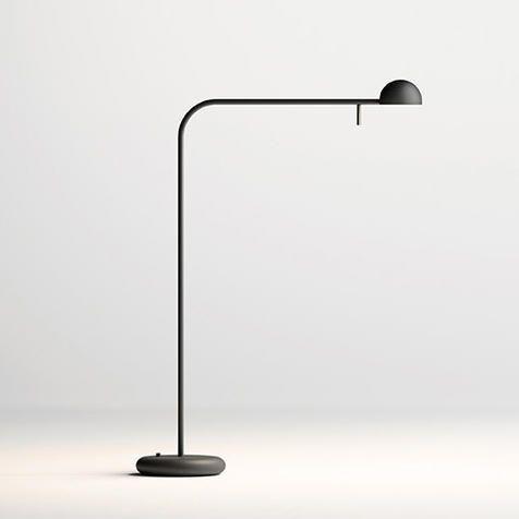 Lámpara de pie Pin, de Ichiro Iwasaki. También de sobremesa. Vibia