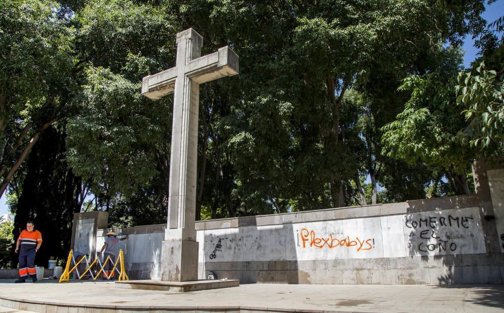 Daños en la Cruz de Ribalta de Castelló