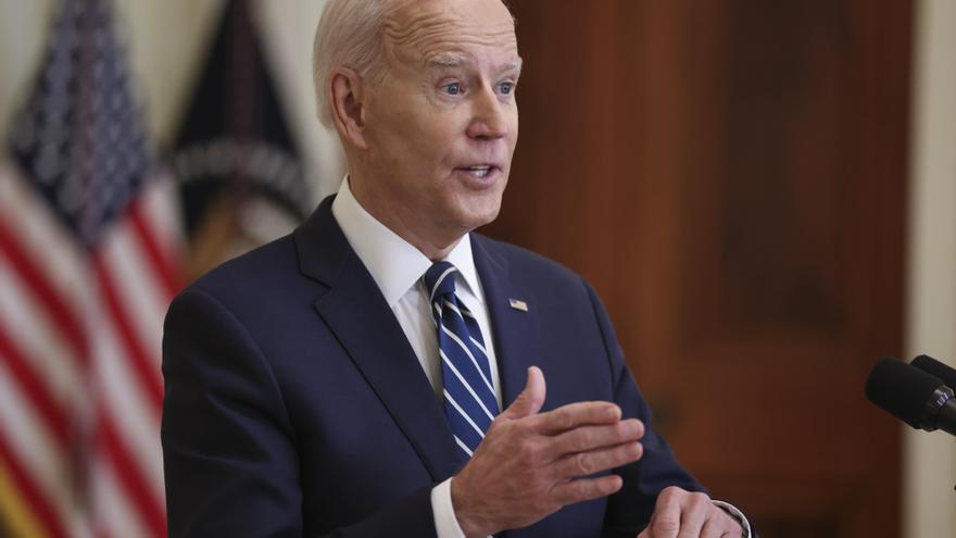 Biden promete que Estados Unidos pondrá antes de mayo 200 millones de vacunas