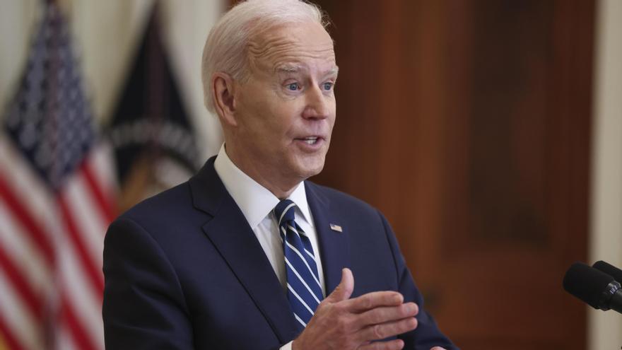 Biden promete poner en EEUU 200 millones de vacunas antes de mayo
