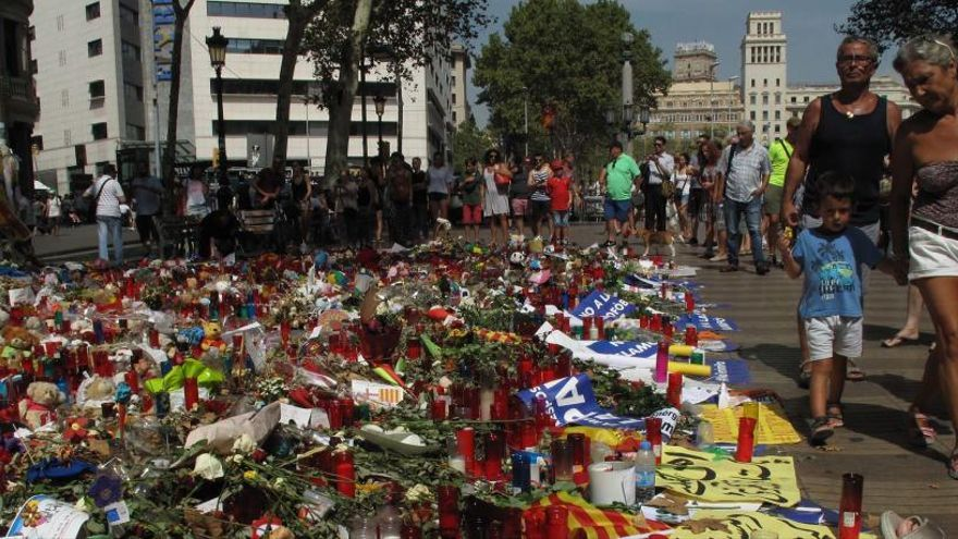Investiguen un jove per fer comentaris humiliants contra les víctimes dels atemptats de Barcelona i Cambrils