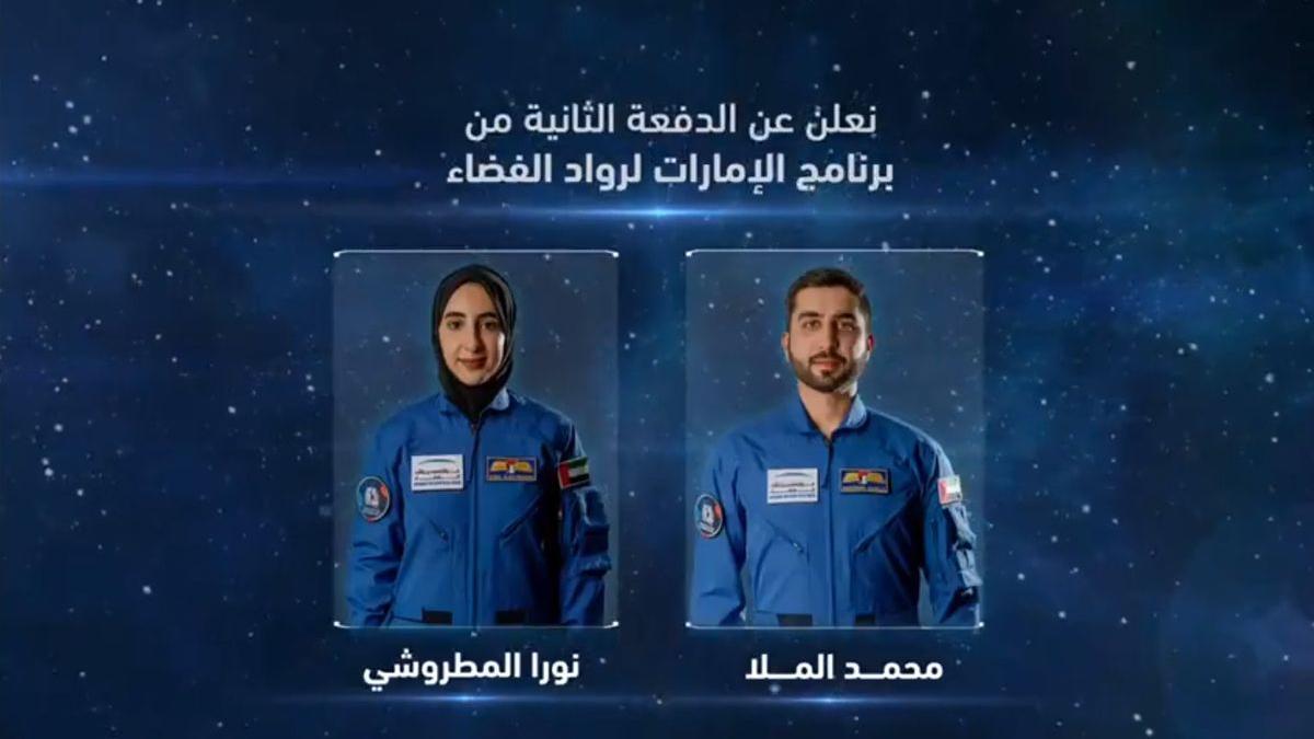 oura al Matroosh junto a otro de los astronautas seleccionados.