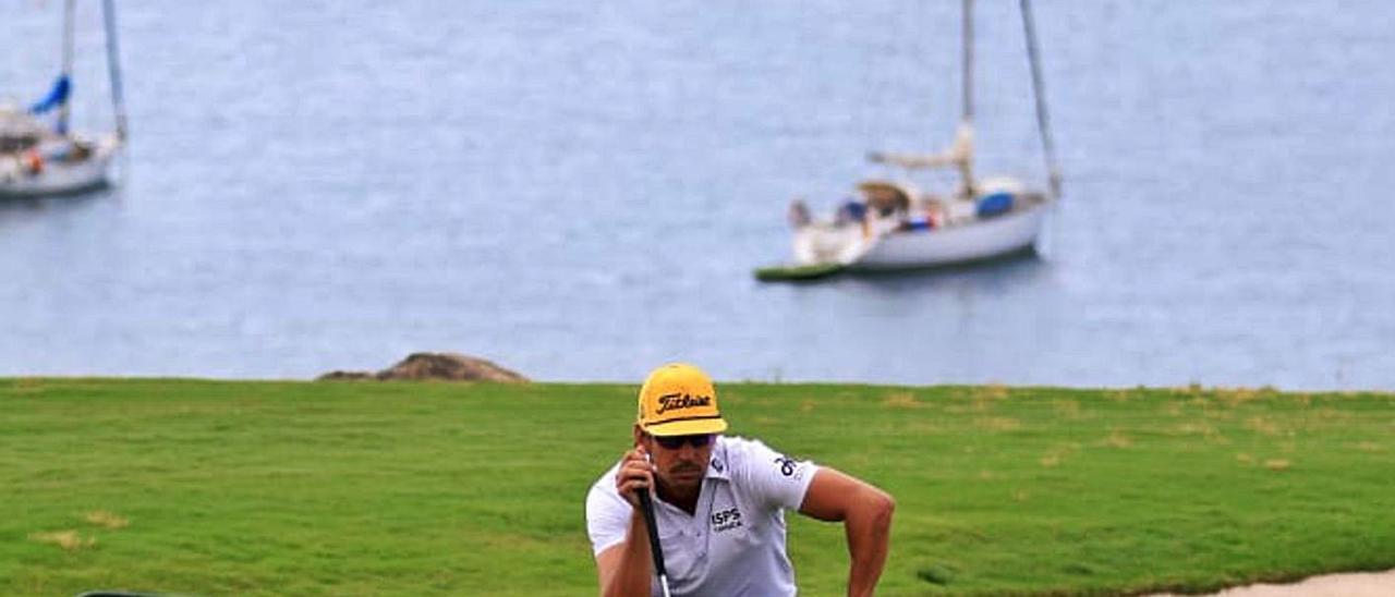 Rafa Cabrera Bello, ayer, durante el Gran Canaria Lopesan Open, que se celebra en el Meloneras Golf. | | EUROPEAN TOUR/GETTY IMAGES