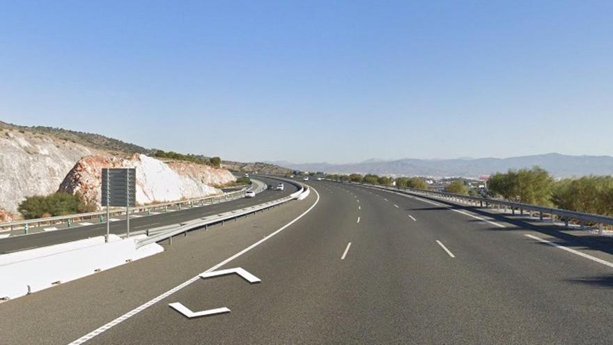 Muere un motorista en un accidente de tráfico con un turismo en Torremolinos